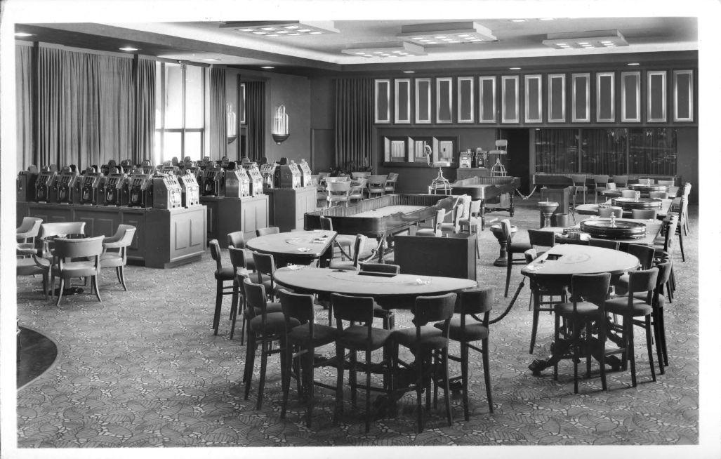 Casino floor of the Flamingo Hotel, Las Vegas, 1947, Bugsy Siegel era | Pomona Library